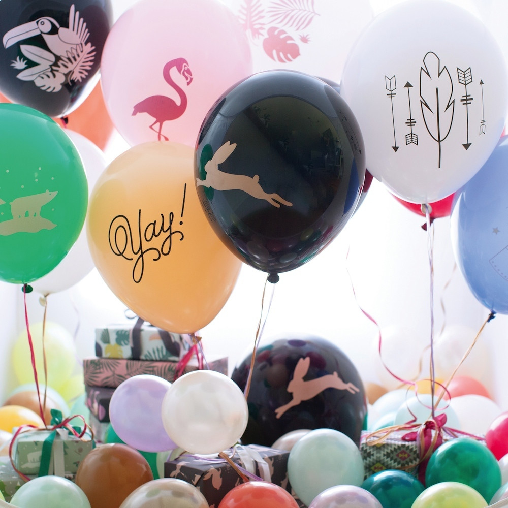 Revel_Balloons_2sq_55fb3786-6553-4699-9444-67389ffe80eb